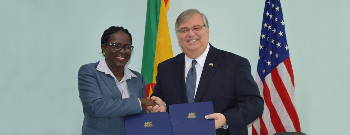United States and Grenada Sign Open Skies Air Transport Agreement